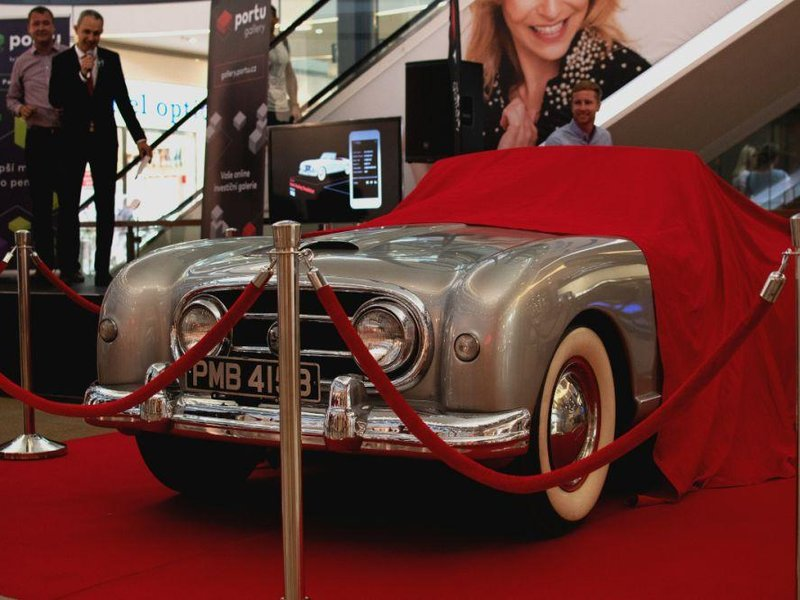Historický automobil Nash Healey Roadster